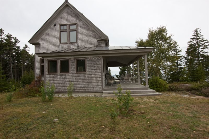 LEDGE COTTAGE - Deer Isle, Ferienwohnung in North Haven