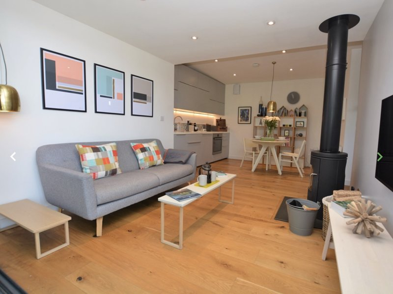 Little Spinney. Contemporary studio in Lyme Regis, vacation rental in Lyme Regis