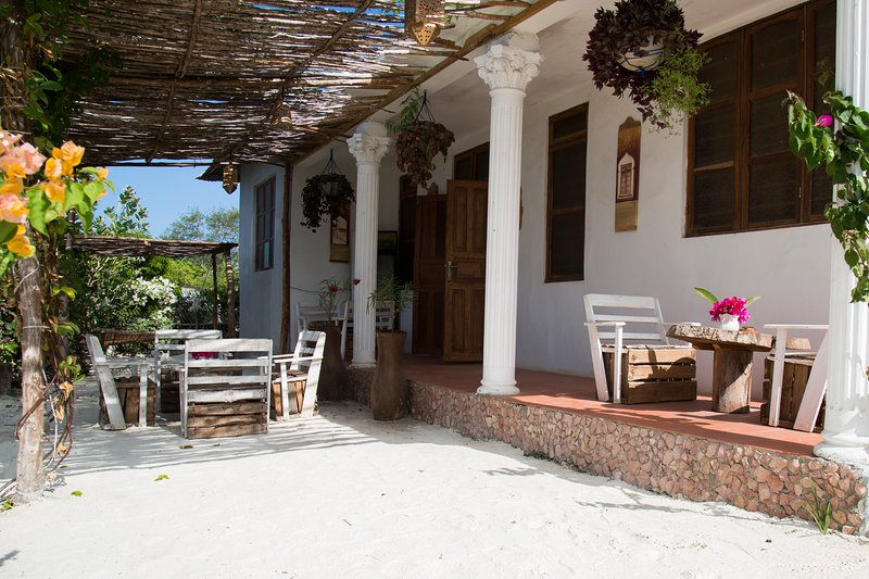 Barabara House, holiday rental in Jambiani