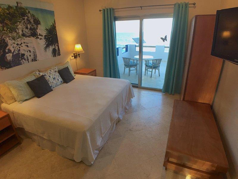 Oceanfront king suite has Sealy Posturepedic mattress