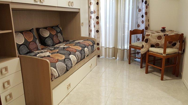 BOUTIQUE STUDIO near Gemelli Hospital, vacation rental in Vatican City