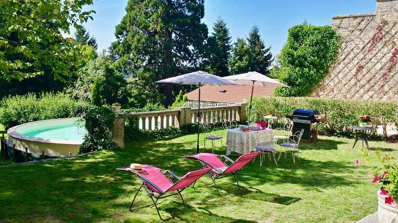 Votre château privé proche du Puy-en-Velay, holiday rental in Tence