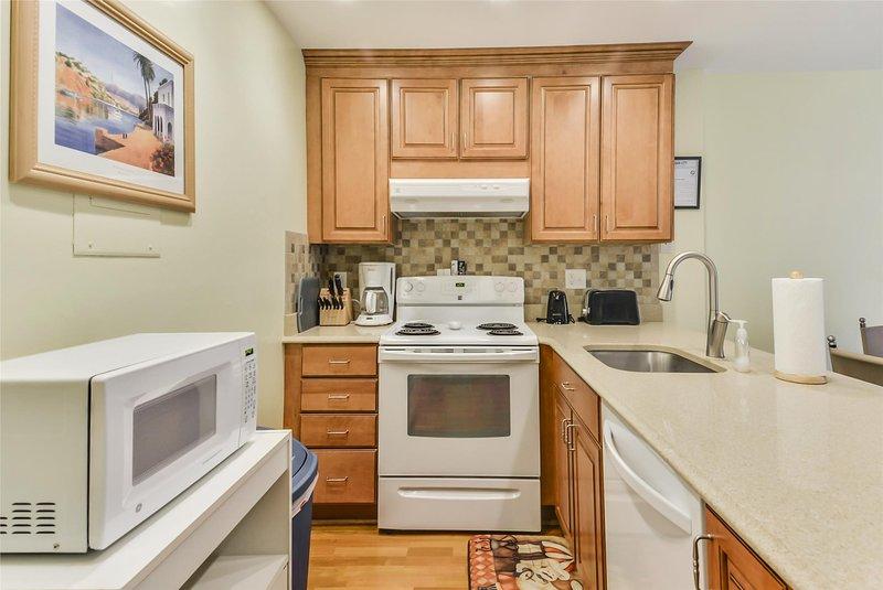 Ocean City Maryland One Bedroom Condo - Sleeps 4, holiday rental in Ocean City