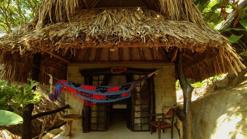 Wayuu Tribe Bungalow - Villa Tayrona, holiday rental in Buritaca