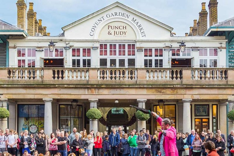 You ca get to Covent Garden in just 22 minutes by bus!