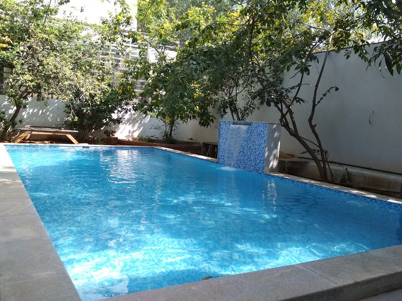 Private pool for guests open from 06:30 am to 06:00 pm.