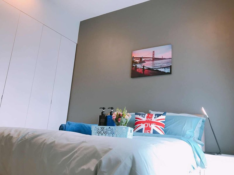 [ING] JB EURO HONEYMOONSUITE+CITY VIEW WALK 5M CIQ, holiday rental in Johor Bahru