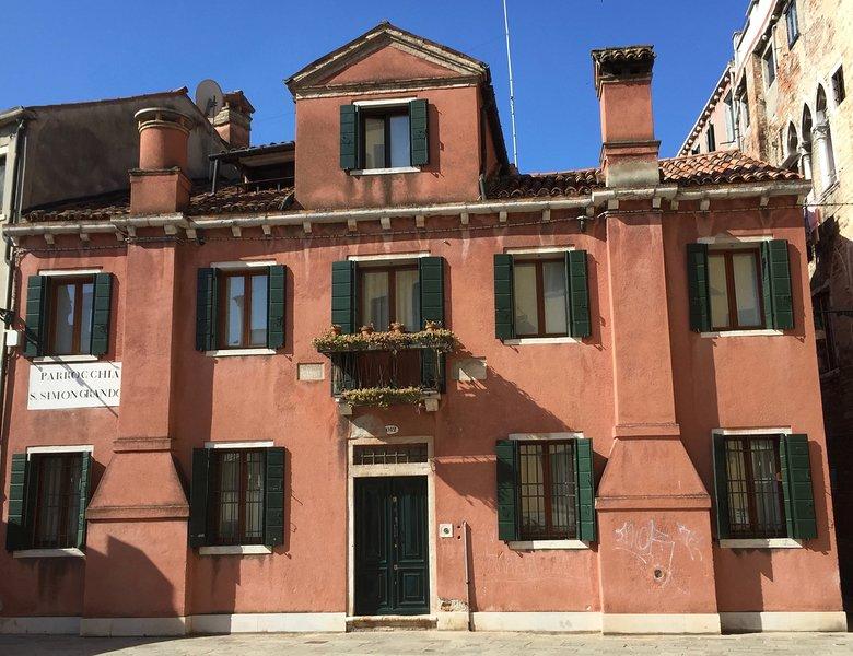 VILLA FRARI IN CAMPIELLO, holiday rental in Venice
