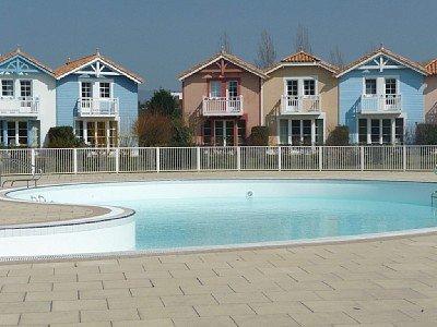 Maison 6-7 pers 2 chambres dans Village Vacances Port Bourgenay proche mer, aluguéis de temporada em Talmont Saint Hilaire