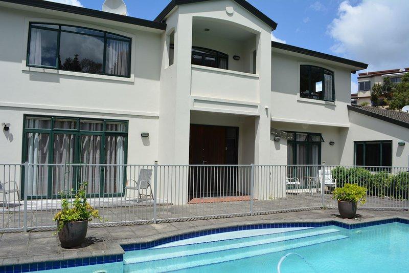 Kauri Point Retreat, location de vacances à Waitakere City