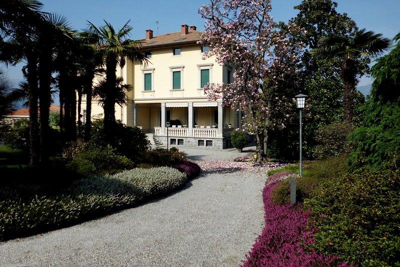 Bellagio Villas - Historia, holiday rental in Limonta