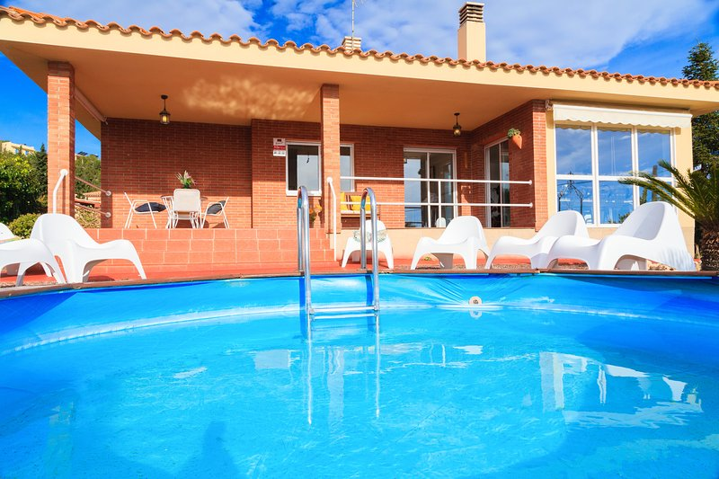 Villa Margarita - Fantastic Home with Private Pool, casa vacanza a Arboli
