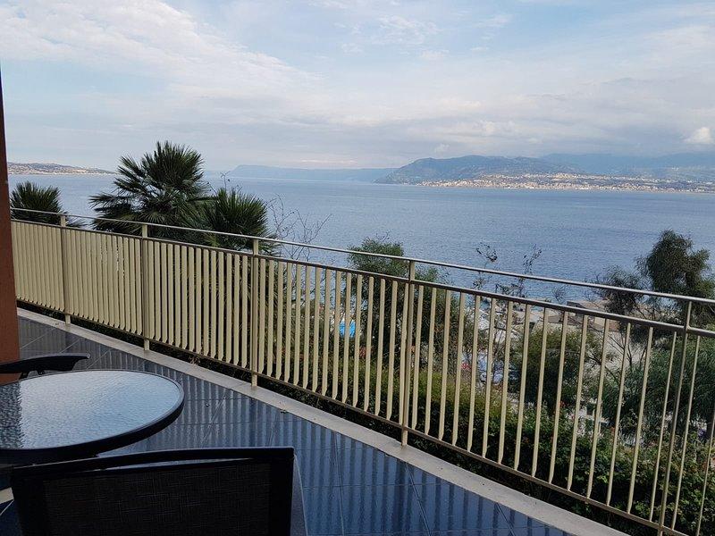 casamau lussuosa casa vacanze, vakantiewoning in Villa San Giovanni