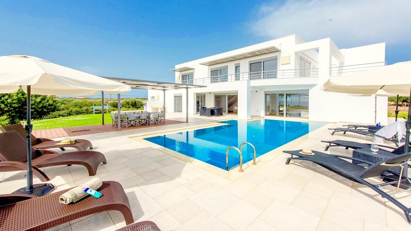 Villa Efthea, holiday rental in Tersanas
