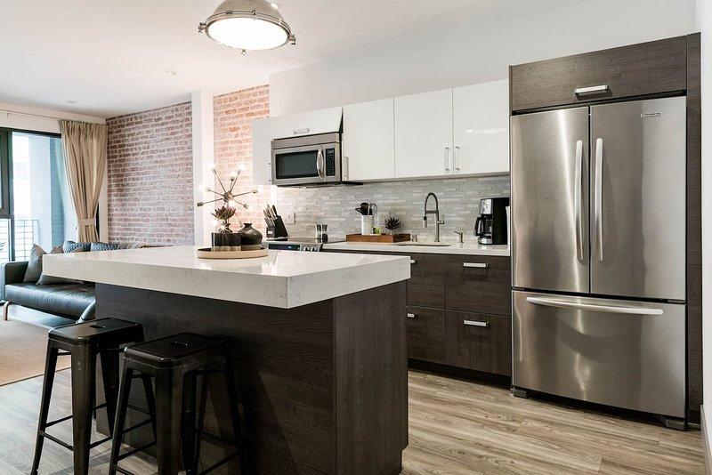 Historic Remodel 1-Bedroom in Prime DTLA Location!, holiday rental in Los Angeles