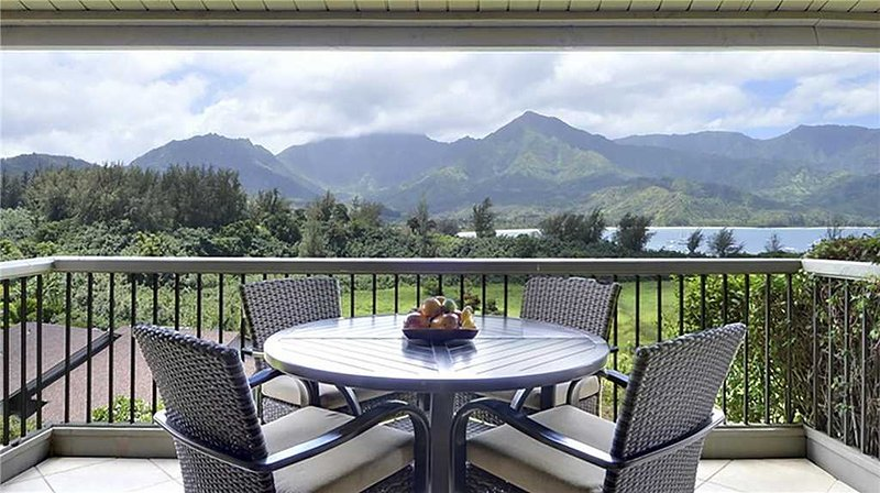 Hanalei Bay Resort #9323 & 9324, vacation rental in Princeville