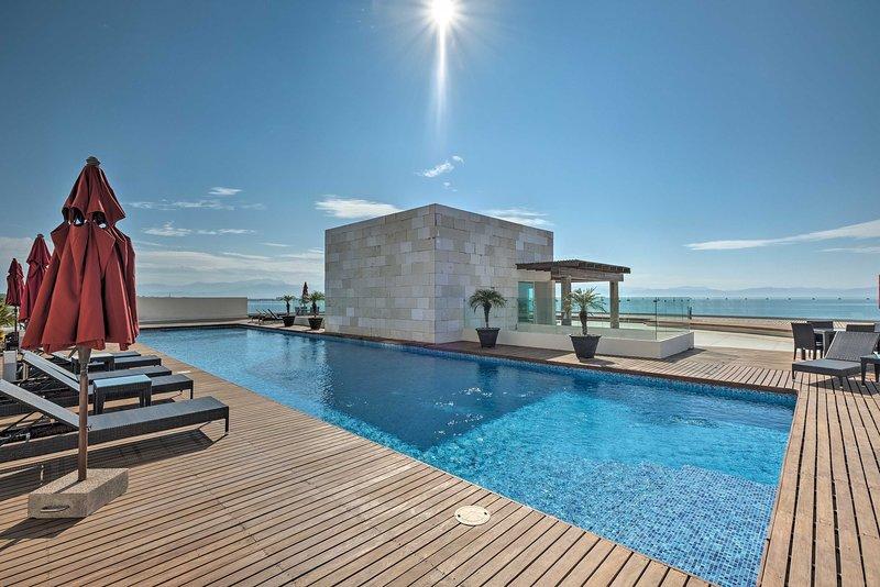 ¡Experimenta el ambiente tropical de este apartamento en alquiler en Bucerías!