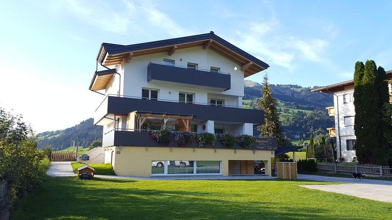 Haus Jägerheim, Appartement Hirsch, aluguéis de temporada em Windau