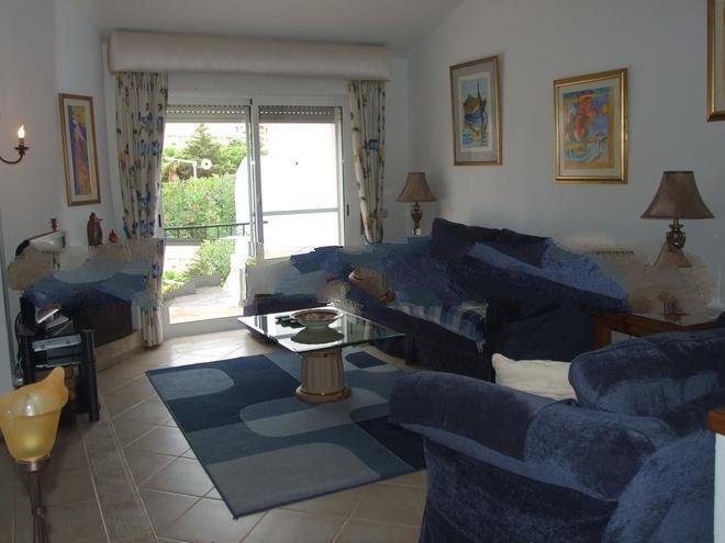 Vale do Garrao Town House Sleeps 6 with Pool and Air Con - 5000231, alquiler de vacaciones en Vale do Garrao