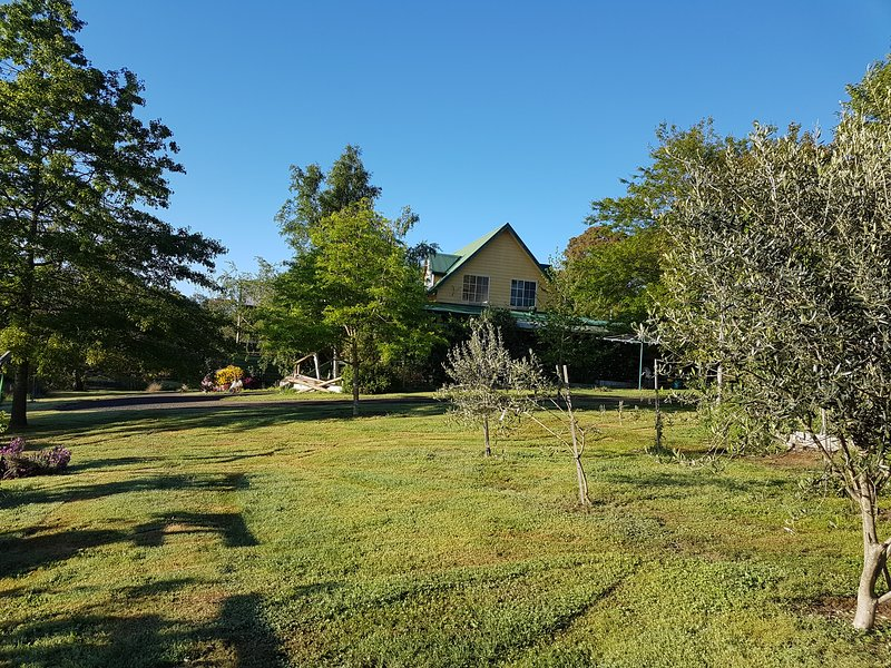 The Penthouse, holiday rental in Macedon Ranges