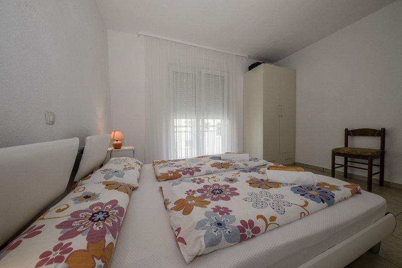 Ferienwohnung 4612-3 für 2+1 Pers. in Lopar, holiday rental in Lopar