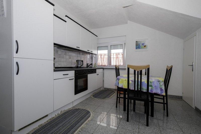 Ferienwohnung 4612-2 für 4+1 Pers. in Lopar, holiday rental in Lopar