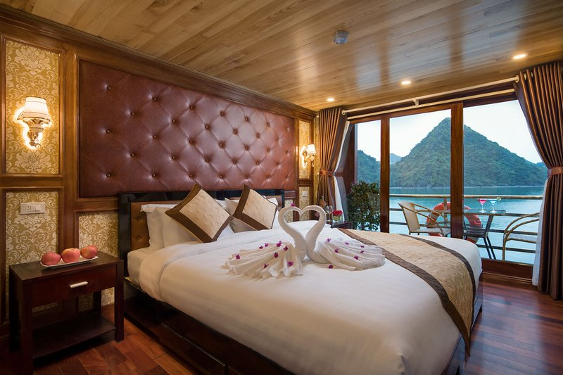 Camellila Cruise, holiday rental in Cat Ba