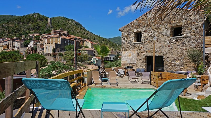 HOUSE SWIMMING POOL RIVER VILLAGE CLASSIFIED OF ROQUEBRUN 10/14 PEOPLE