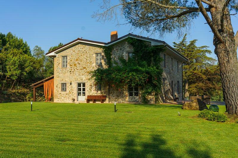 Casale Baroncello, Agriturismo Baroncio - Appartamento Rubino, location de vacances à Vetulonia
