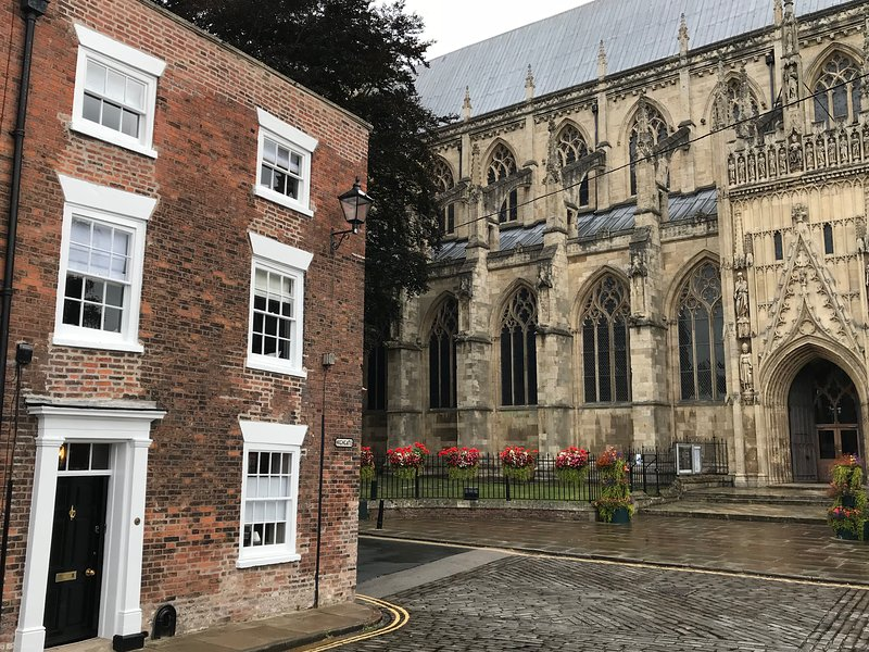 Beverley Minster House, holiday rental in Skidby