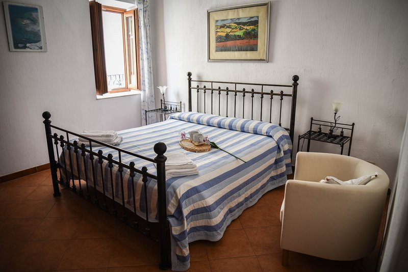 Casa Antonella - Apartment in Lipari center, vacation rental in Aeolian Islands