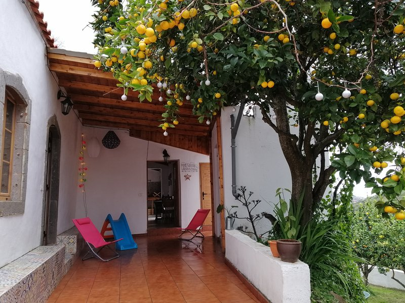 Casa rural entre senderos reales, vacation rental in Teror