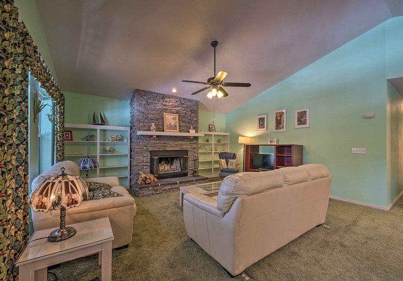 Begin your Cloudcroft adventure at 'Wills Cabin' vacation rental!