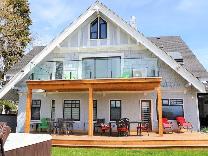 Luxury Heritage Lakehouse, holiday rental in Kelowna