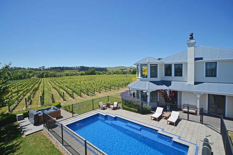 Lismore House & Vineyard, holiday rental in Greytown