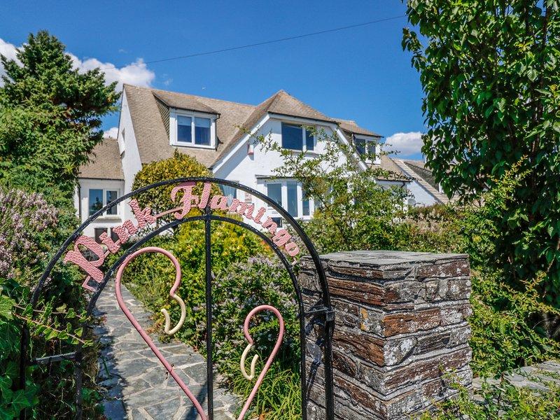 PINK FLAMINGO, perfect for families, conservatory, in Looe, location de vacances à Millendreath