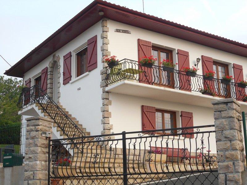 appartement NUN HOBEKI, location de vacances à Luzaide