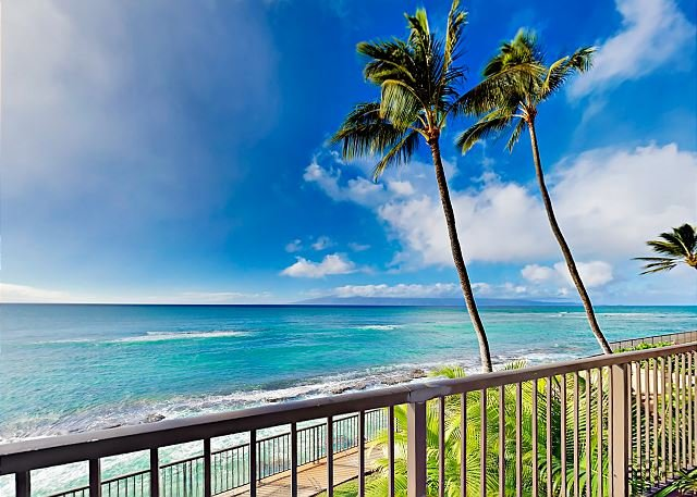 Updated Hale Ono Loa Condo w/ Ocean-View Lanai & Pool - Beach Gear Provided, holiday rental in Maui