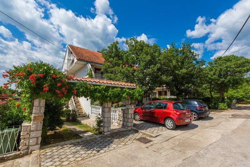 Apartman Dom - Home, location de vacances à Jadranovo