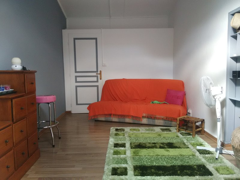 room 2 sofa rest