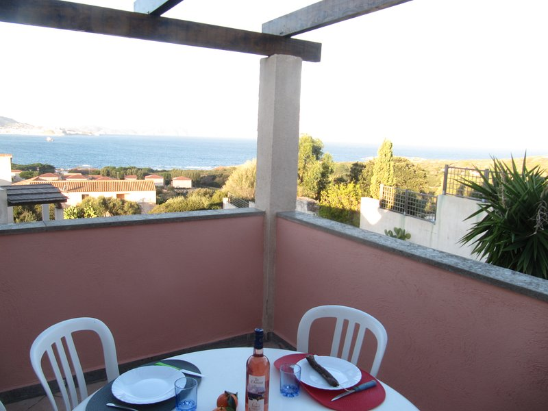 Appartement climatisé magnifique vue mer 4 à 6 personnes à Lumio - Corse, casa vacanza a Lumio
