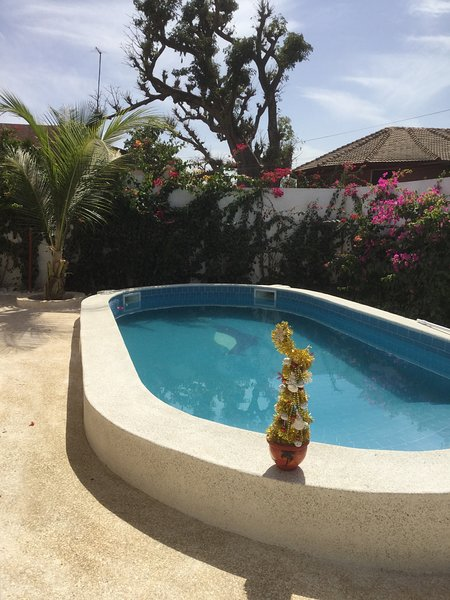 Nice apartment with swimming-pool, holiday rental in Joal Fadiouth
