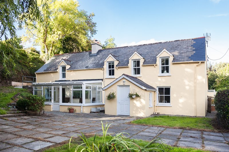 Mill Race House, holiday rental in Durrus