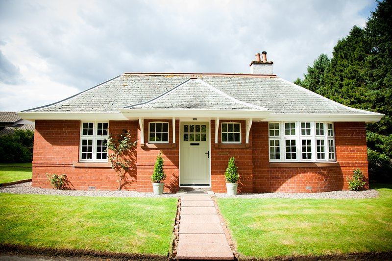 The Gardener's Cottage, Dunblane, holiday rental in Doune