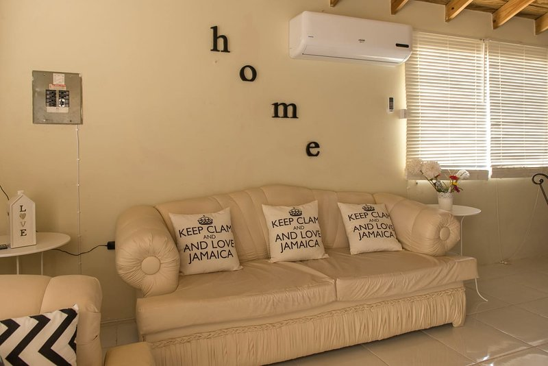 Rose Hall Hills, vacation rental in Rose Hall