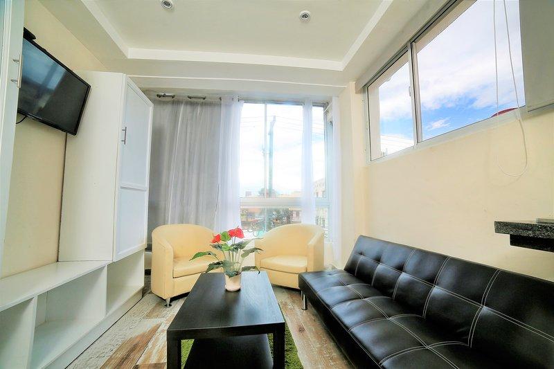 apartment studio for rent RIG Puerto Malecon Junior Suite, vacation rental in Santo Domingo