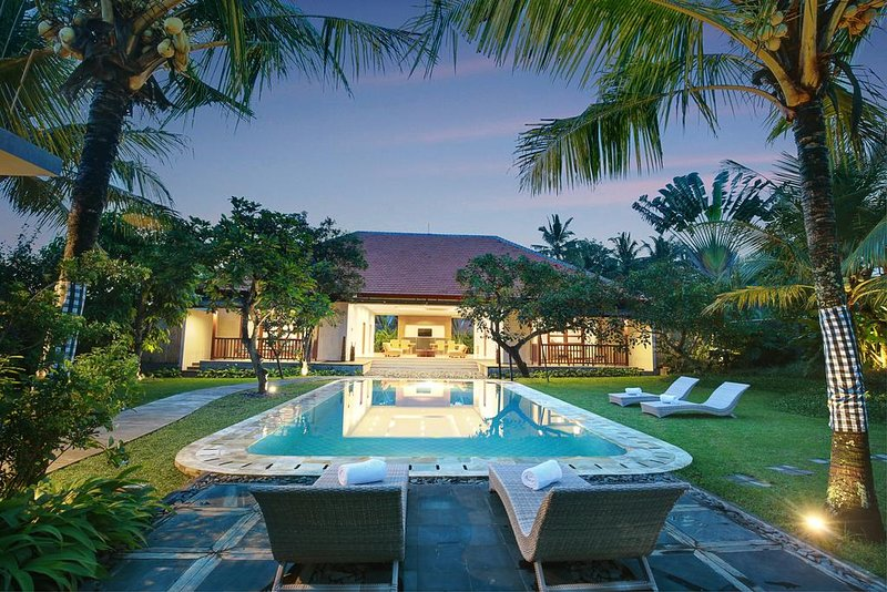 3 BR with Private Pool, holiday rental in Bangli