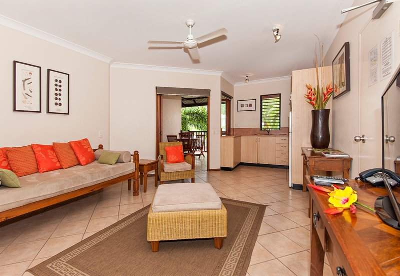 Balinese Style Apartment, vacation rental in Port Douglas