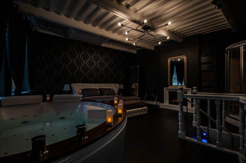 Suite sur 3 niveaux. Spa, jacuzzi, sauna et hammam, holiday rental in Kedange-sur-Canner