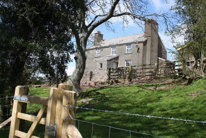 Up on a Hill, Farmhouse. Ewyas Harold, Herefordshire., holiday rental in Madley
